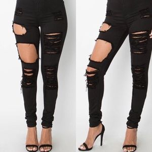 769b6c91b93 ♢️SALE♢️DISTRESSED DENIM BLACK LUX JEANS. Boutique